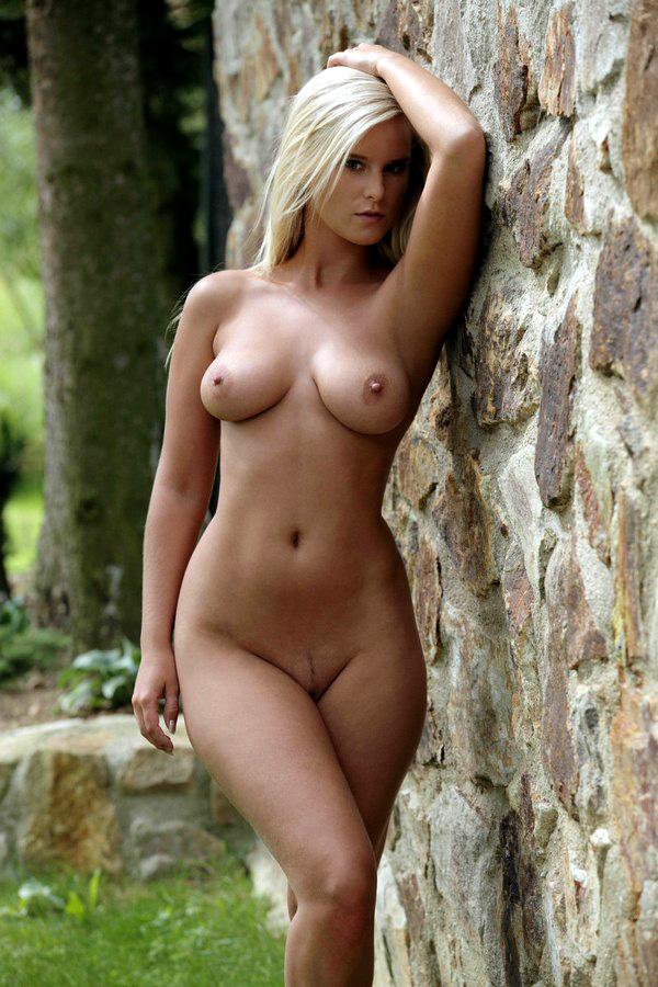 Queen nude marry gma.amritasingh.com: over